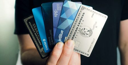 Which Is A Desirable Characteristic To Look For When Choosing A Credit Card?